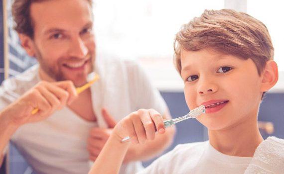 Limpieza dental incluso con ortodoncia